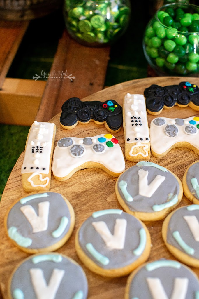 FORTNITE Birthday Party Cookies