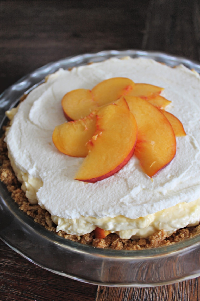 No Bake Peaches and Cream Pie